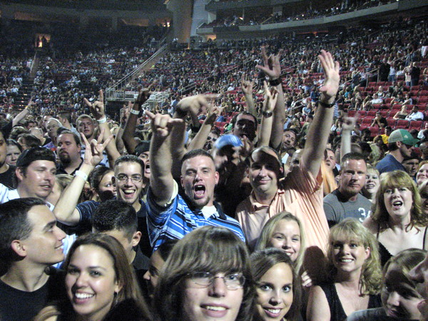 MyCityRocks at Toyota Center with the fans of Nickelback in Houston, Texas