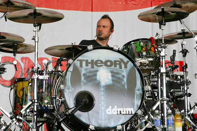 Theory Of A Deadman at Buzzfest XXII - May 10, 2009